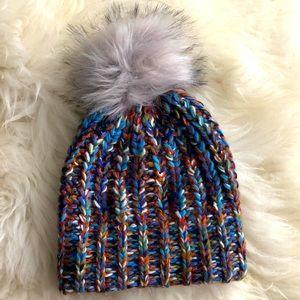 Women faux fur hat